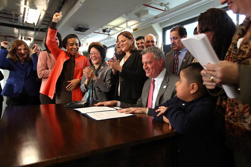 Mayor de Blasio signs paid sick leave bill at factory in Brooklyn