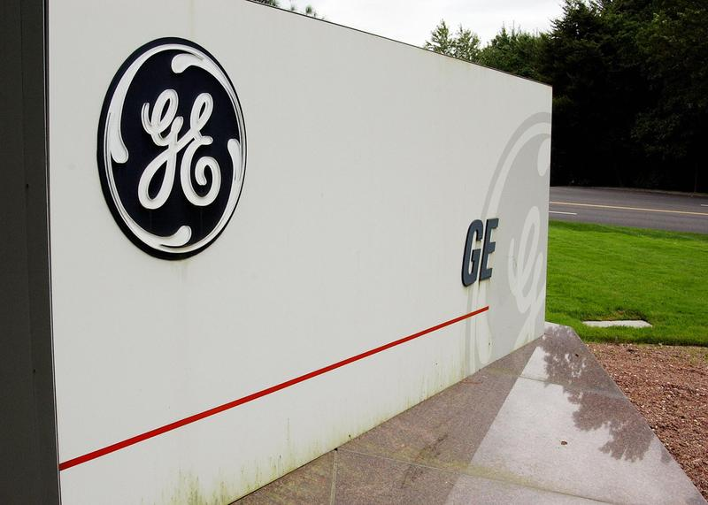 General Electric is moving its headquarters from suburban Connecticut to Boston.