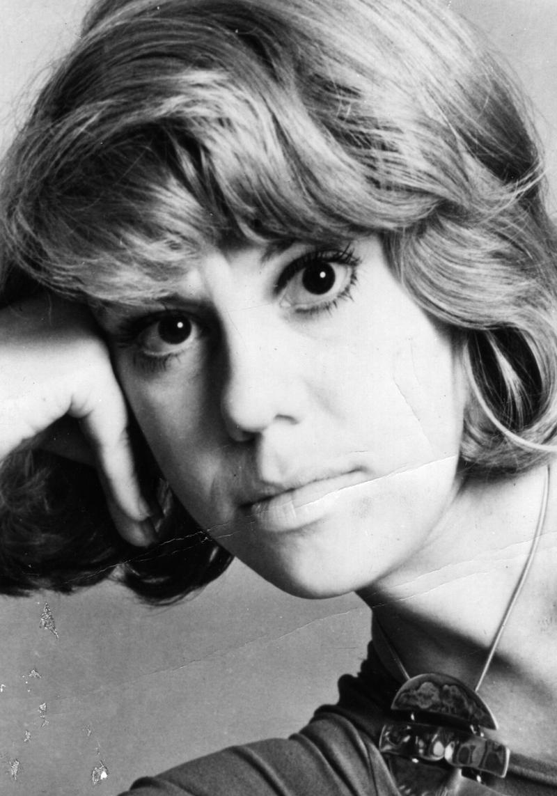 US novelist and poet Erica Jong circa 1973.