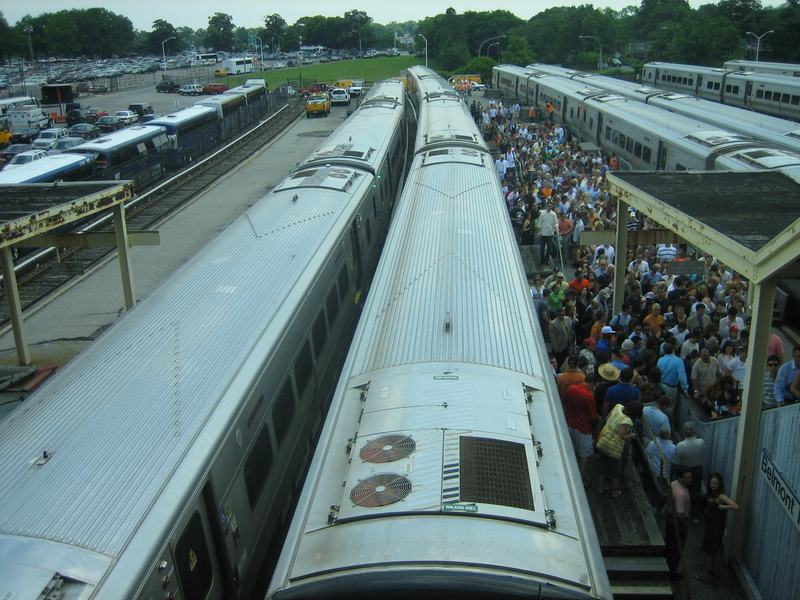 LIRR riders heading to the Belmont Stakes