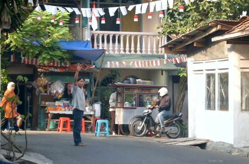 Managing traffic in Jakarta
