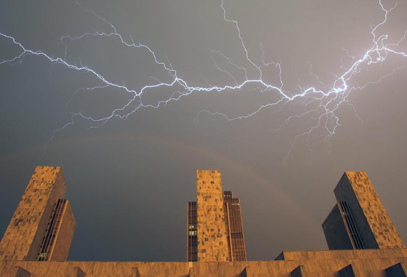 For this week's Please Explain, we are joined by meteorologist Ronald Holle to learn the shocking truth about lightning.