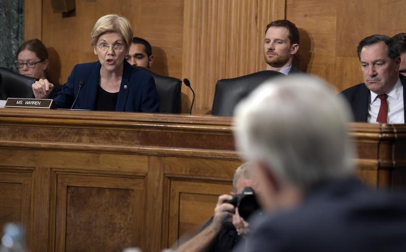 Sen. Elizabeth Warren, D-Mass., questions Wells Fargo Chief Executive Officer John Stumpf, on Capitol Hill in Washington, Tuesday, Sept. 20, 2016.