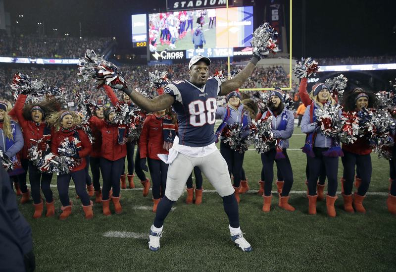 Patriots tight end Martellus Bennett pulled out of a trip to Israel.