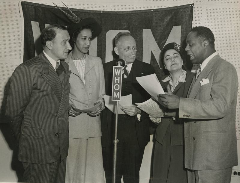 Charles Abrams (left joins Edith Alexander, Frank Karelson, Jr, Maxine Wood and with actor Canada Lee as The Citywide Citizens Committee of Harlem in 1946. Abrams was with the Natl Housing Authority.