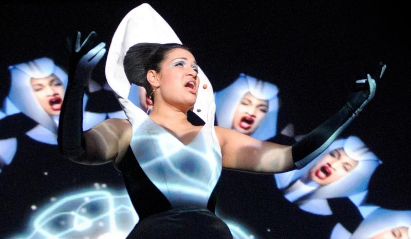 Bishi in performance
