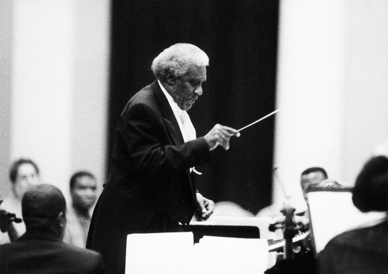 Coleridge-Taylor Perkinson conducting the Center for Black Music Research's New Black Music Repertory Ensemble in 2002.