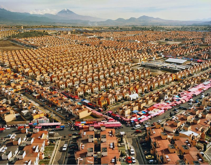 Livia Corona, 47,547 Homes for Mexico Ixtapaluca, 2007