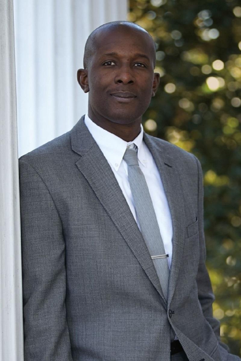 "Dr. Damon Tweedy talks about his memoir, ""Black Man in a White Coat."""