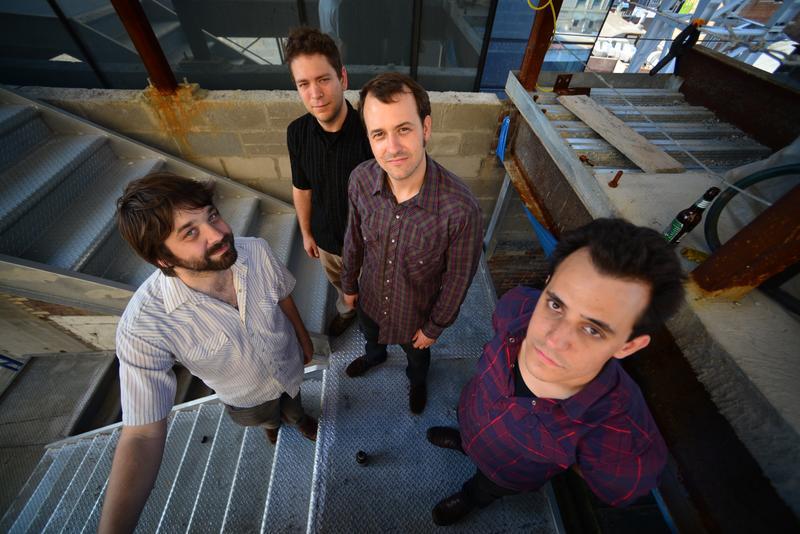 electric guitar quartet, Dither