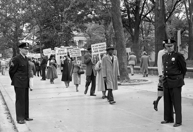 On Oct. 24, 1955, black religious leaders from Chicago demonstrated outside the White House against the murder of Emmett Till.