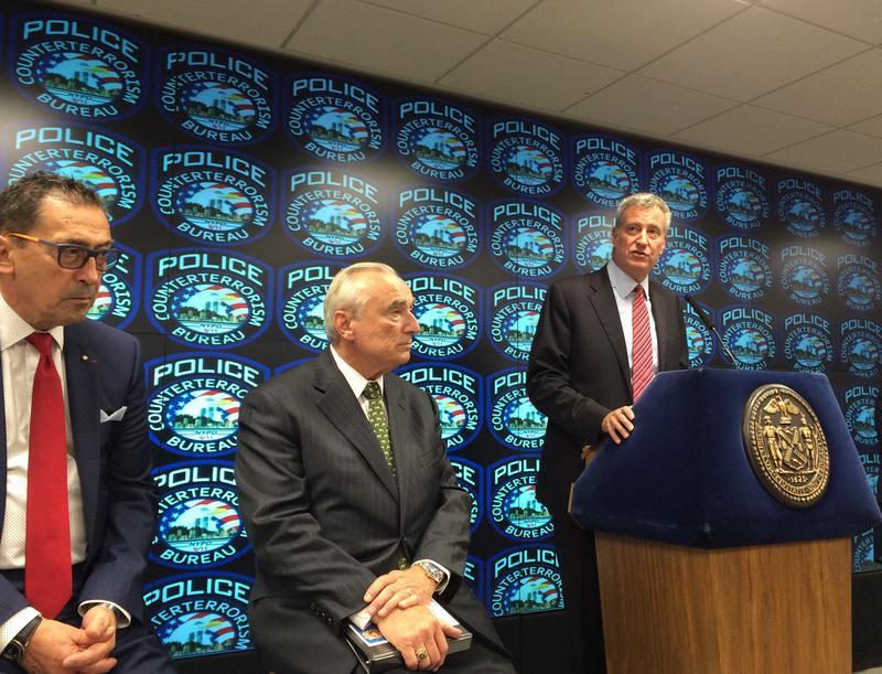 Mayor Bill de Blasio, NYPD Commissioner Bill Bratton and FDNY  Commissioner Dan Nigro at the Lower Manhattan Security Initiative  Command  Center