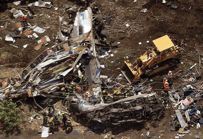 """Engineer in Fatal Amtrak Crash Has """"Dream-Like...Foggy ..."""