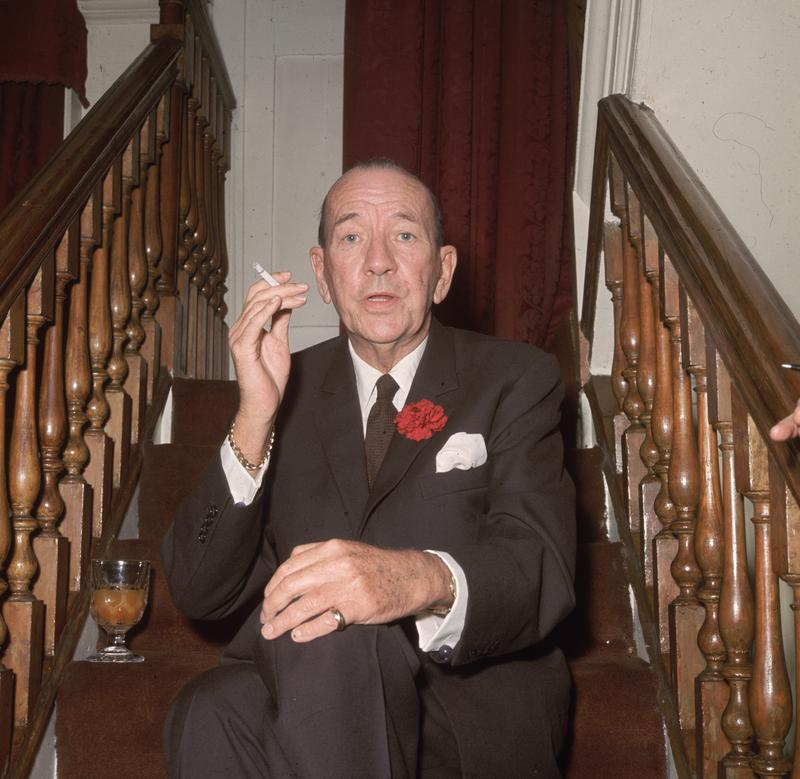 Noel Coward (1899 - 1973) at the Royal Film premiere of 'Born Free' at the Odeon, Leicester Square.