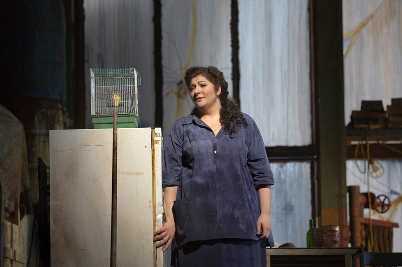 "Christine Goerke as the Dyer's Wife in Richard Strauss's ""Die Frau ohne Schatten."""