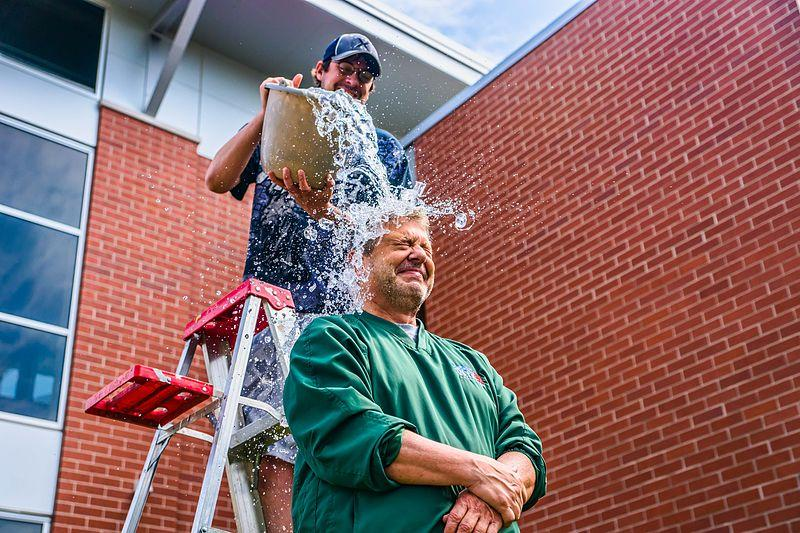 Local Green Bay radio and TV personality John Maino performs the ALS Ice Bucket Challenge.