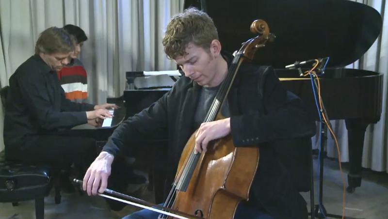 Cellist Joshua Roman and pianist Andrius Žlabys perform live in the Q2 Music studio.