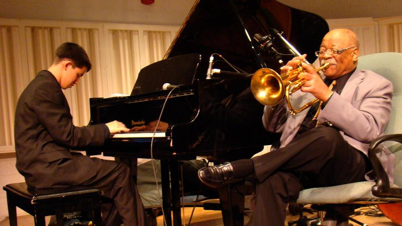 Justin Kauflin plays with Clark Terry in the documentary 'Keep On Keepin' On'
