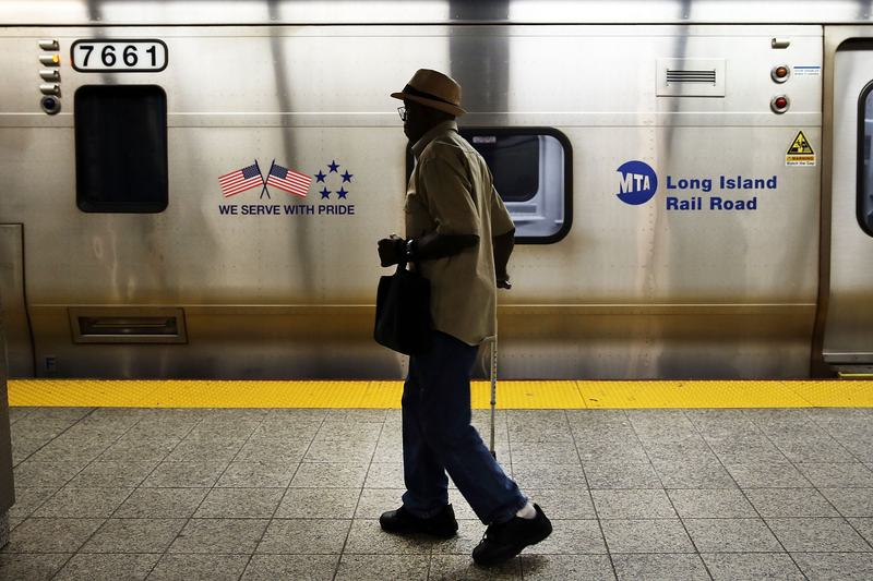 Cuomo's intervention means LIRR trains will run this weekend