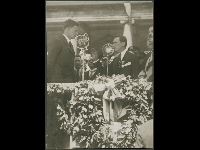 Col. Charles A. Lindbergh receives a medal from New York Mayor Jimmy Walker, June 13, 1927.  The aviator had just returned from Europe following his solo flight across the Atlantic.