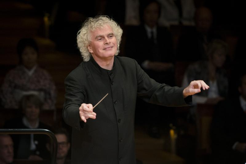 Sir Simon Rattle conducts the Berlin Philharmonic.