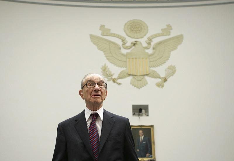 Former Federal Reserve Chairman Alan Greenspan arrives on Capitol Hill in Washington, Thursday,Oct. 23, 2008, to testify before the House Oversight and Government Reform Committee.
