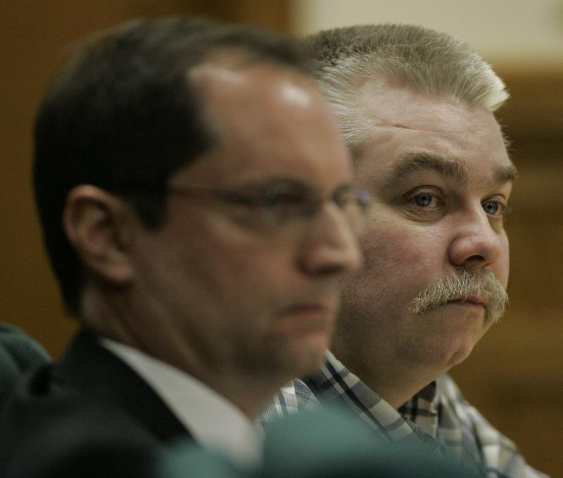 Steven A. Avery, right, and his defense attorney Jerome Buting during Avery's 2007 murder trial