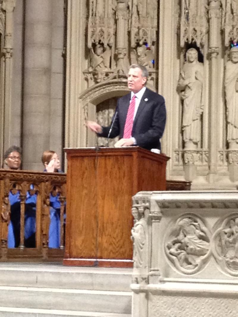 Mayor de Blasio discusses charter schools and education reform at the Riverside Cathedral.