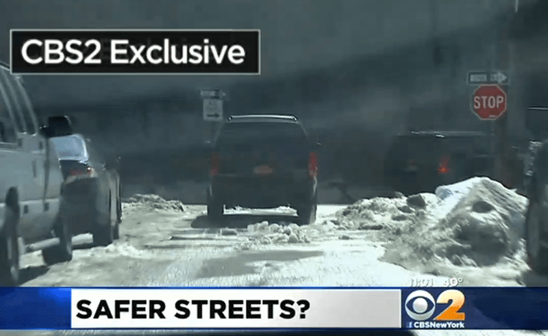 Screenshot from CBS2 report on the Bill de Blasio security detail violating traffic laws.