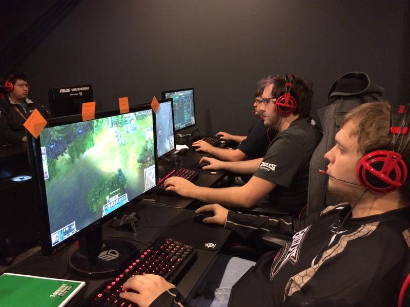 The Robert Morris University E-Sports team in action.