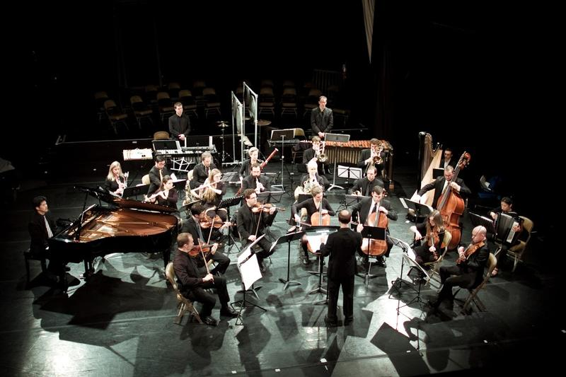 Chicago-based contemporary music collective Ensemble Dal Niente