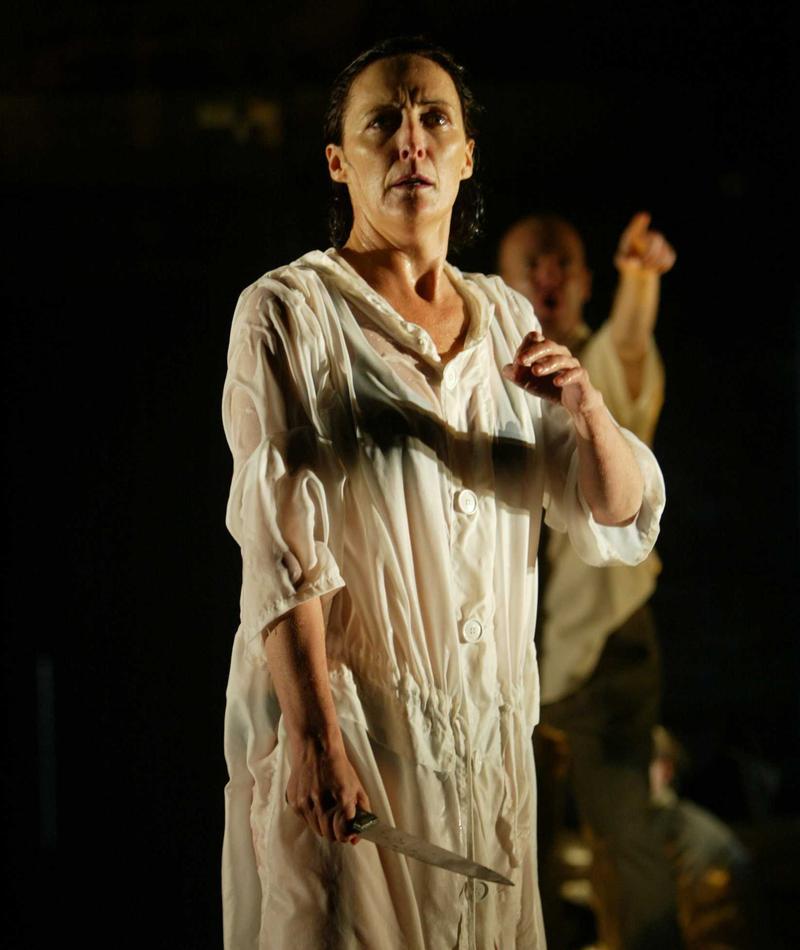 Fiona Shaw in <em>Medea</em>