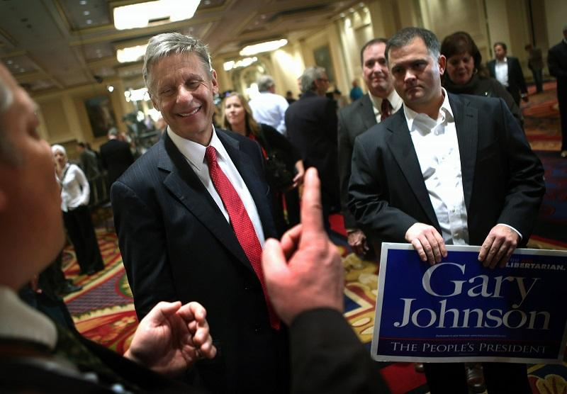 Libertarian Party candidate Gary Johnson greets supporters.
