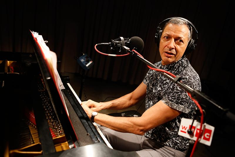 Jeff Goldblum performs in the Soundcheck studio.