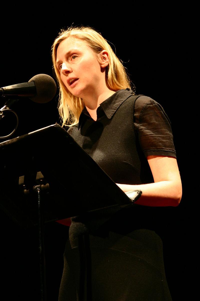 Hope Davis reads at Selected Shorts