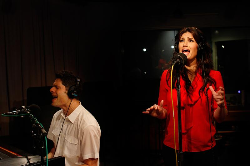 Idina Menzel performs with 'If/Then' composer Tom Kitt in the Soundcheck studio.