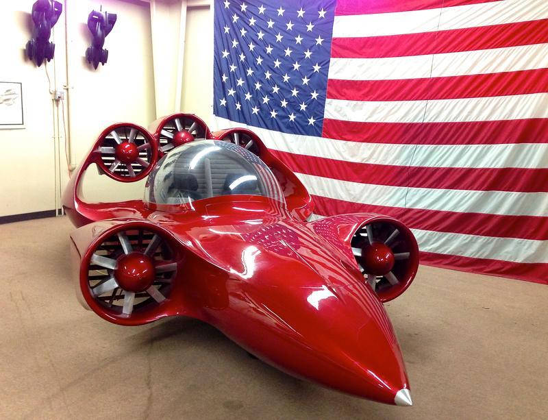 Paul Moller's <em>Skycar 200LS</em>