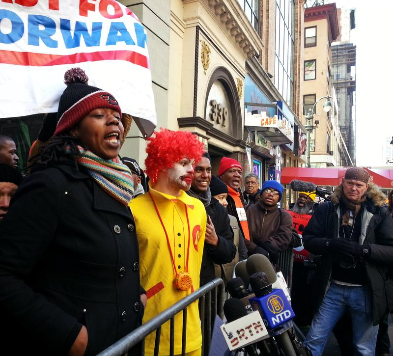 "KFC worker Naquasia LeGrand reads ""Ronald McDonald"" his rights"