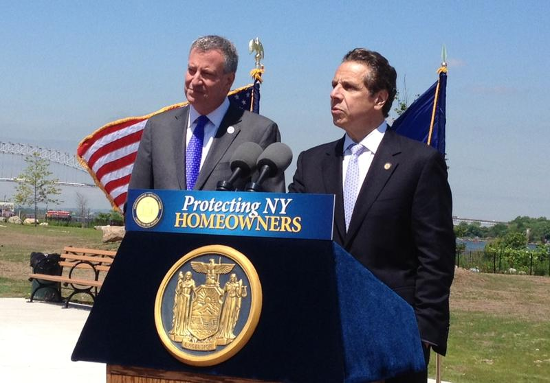 New York Governor Andrew Cuomo and Mayor Bill de Blasio in Staten Island