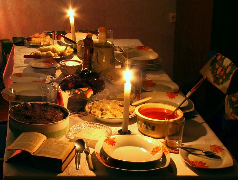 A traditional setting of the Christmas Eve table in Poland.