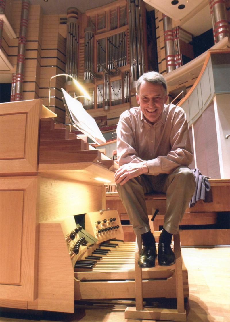 Simon Preston, organist