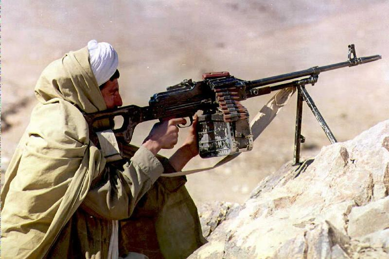 A Taliban fighter in 1995, 18 kilometers from Kabul.