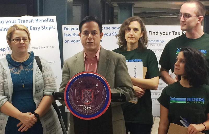 Councilmember Dan Garodnick and transit advocates tout savings for commuters