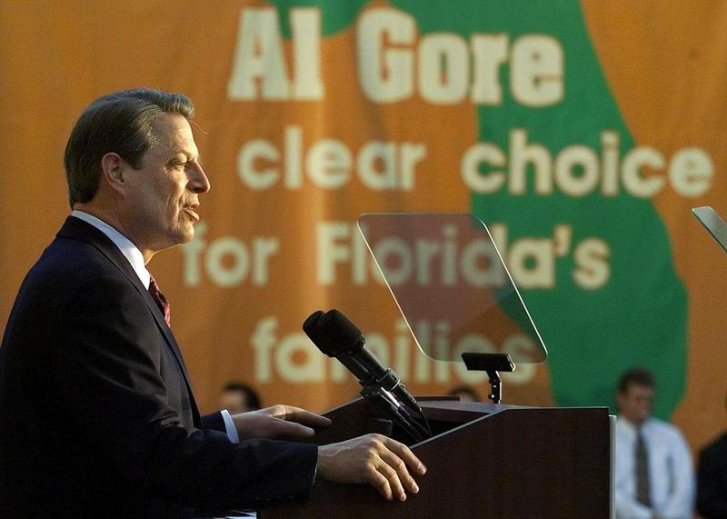 (FILE) Democratic presidential candidate and US Vice President Al Gore talks about Social Security at the Civic Center in Kissimmee, Florida 01 November, 2000.