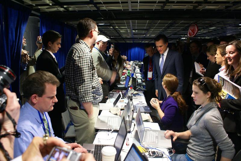 Mitt Romney talks to blogger Karol Markowicz at the 2007 CPAC.