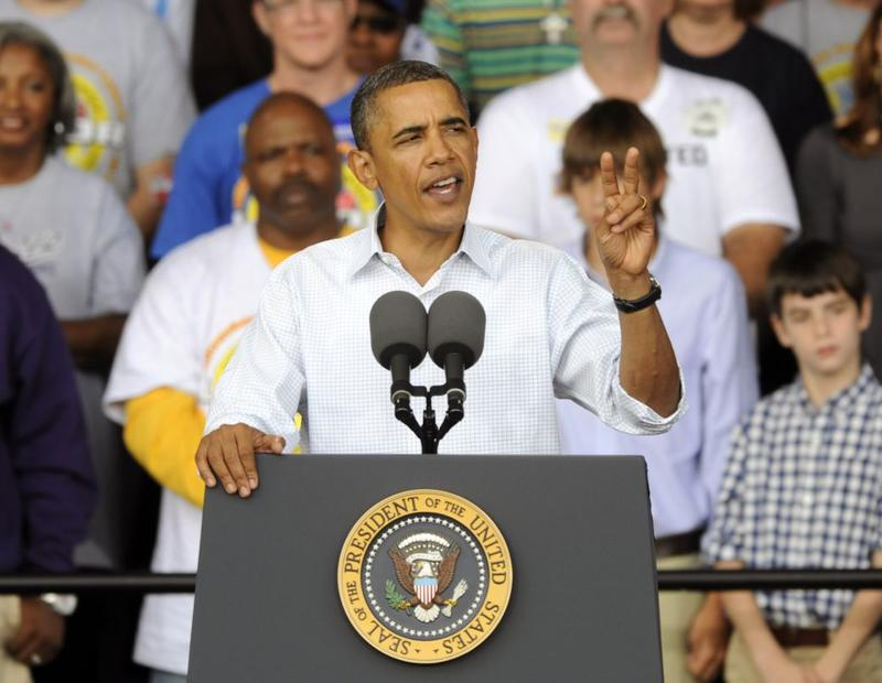 President Barack Obama gives a speech at a Labor Day rally September 6, 2010 in Milwaukee, Wisconsin.