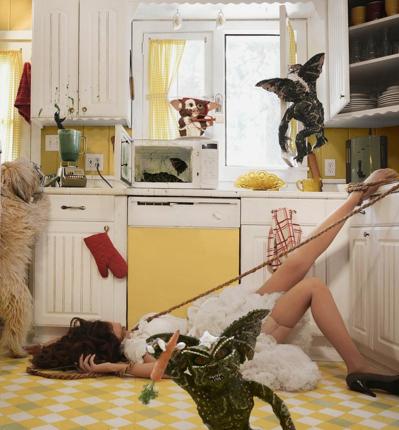 McConnell combines her photography skills with her baking to reimagine a scene with cakes of 'Gremlins' characters