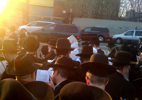 Brooklyn Jews celebrate the biblical creation of the sun. (Matt Carl)