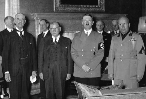 From left to right: Neville Chamberlain, Édouard Daladier, Adolf Hitler, Benito Mussolini, before signing the Munich Agreement, September 29, 1938.