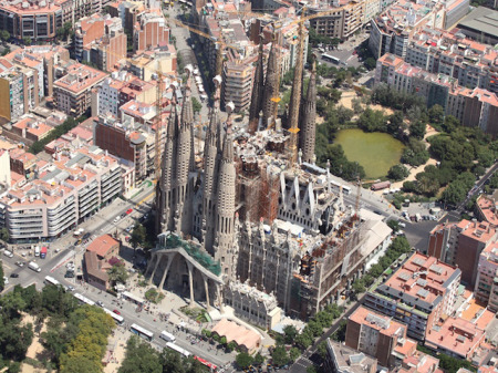 Temple Expiatori de la Sagrada Família (courtesy of wmf.org)